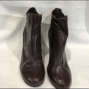 A-2 by Aerosoles Brown Ankle Boots 10M